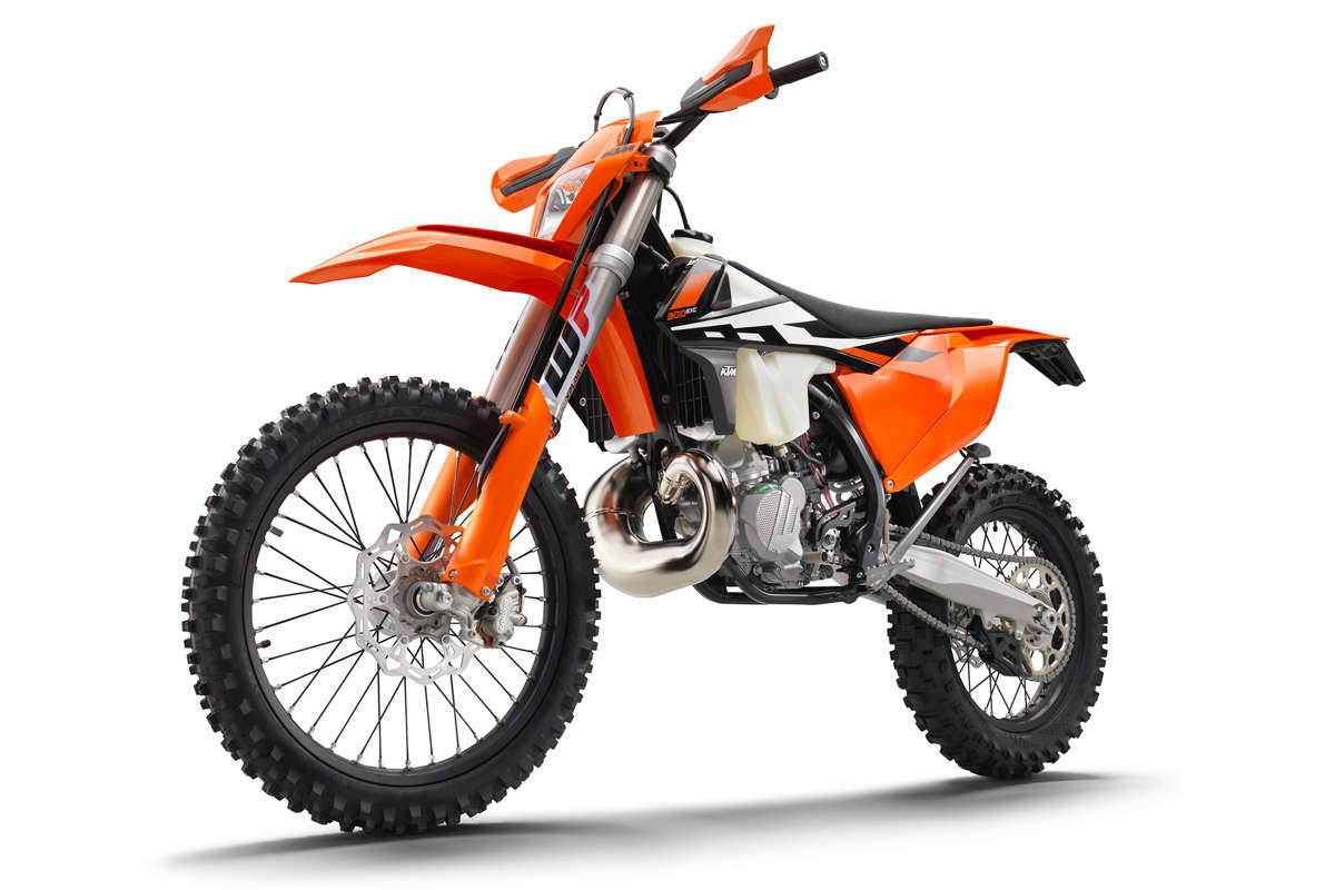 First Look: 2017 KTM 250 EXC & 300 EXC