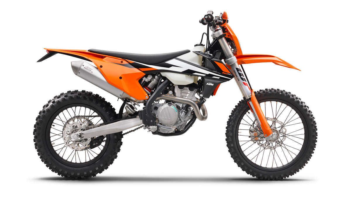 First Look: KTM 2017 Four Strokes