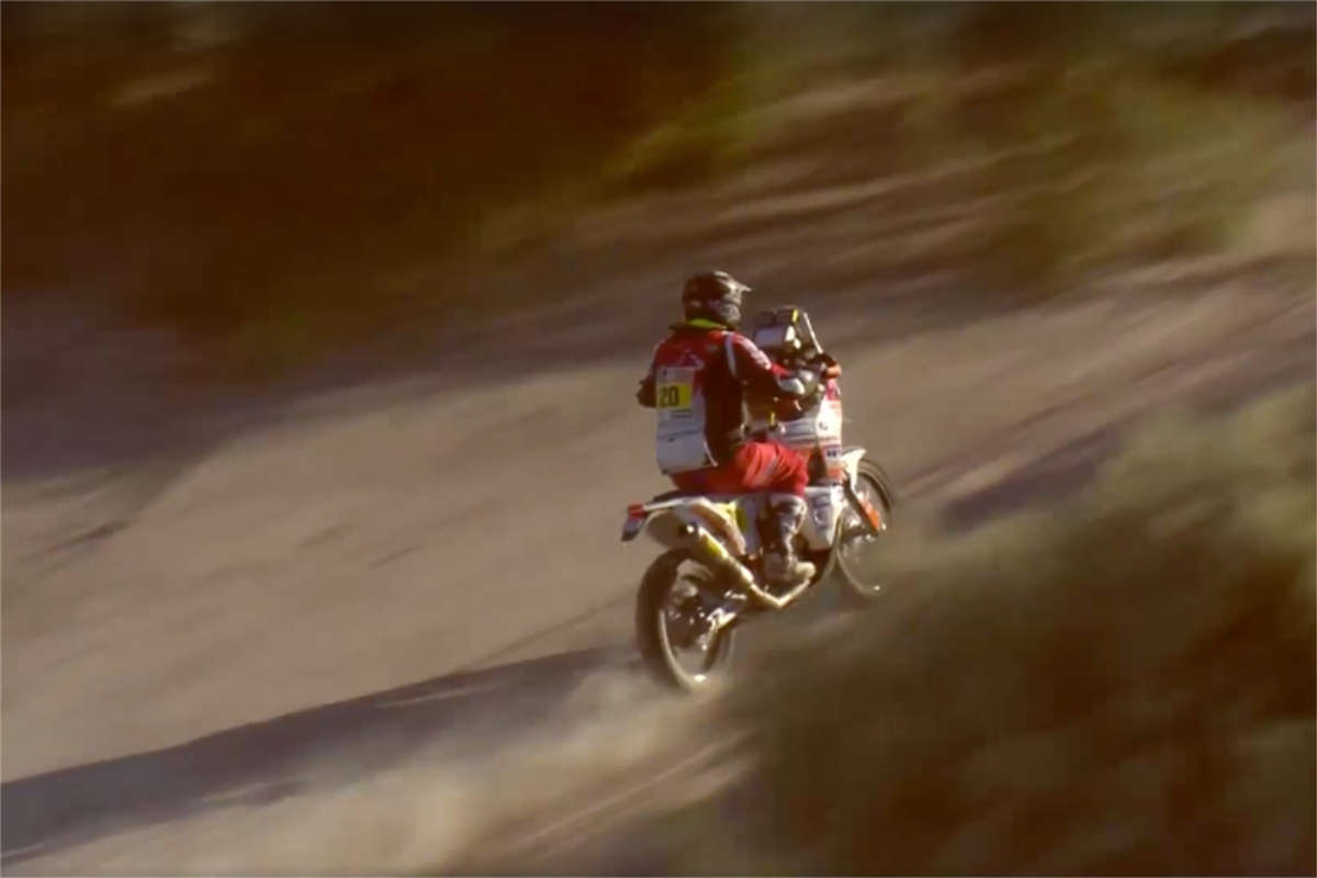 Ivan Jakes gets Hit by lightning at Dakar & races on