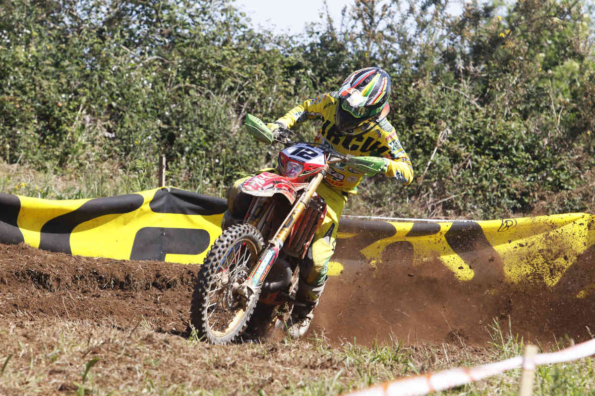 Unstoppable Freeman shows no mercy as Holcombe suffers at the Spanish EnduroGP