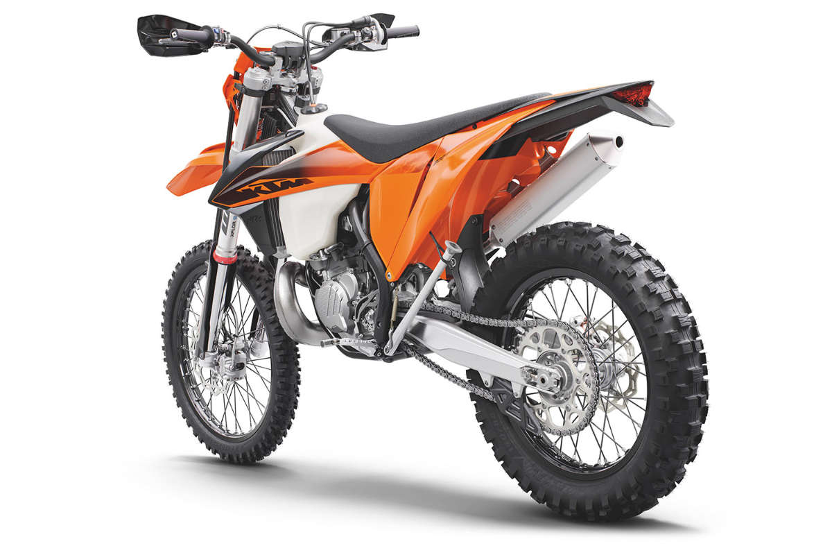 ktm_300_exc_tpi_my2020_left_rear