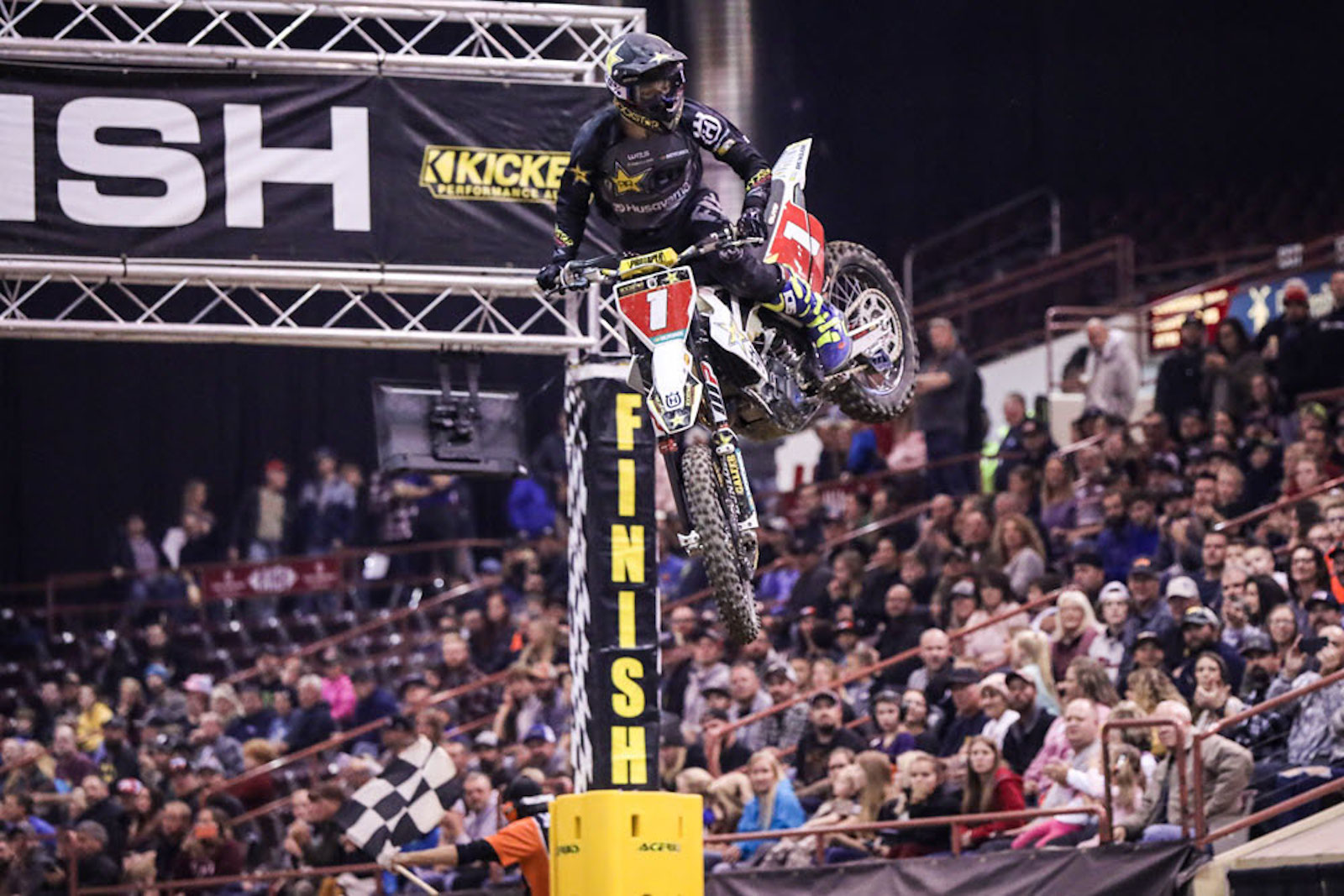 Results feed: Colton Haaker wins 2019 EnduroCross Championship