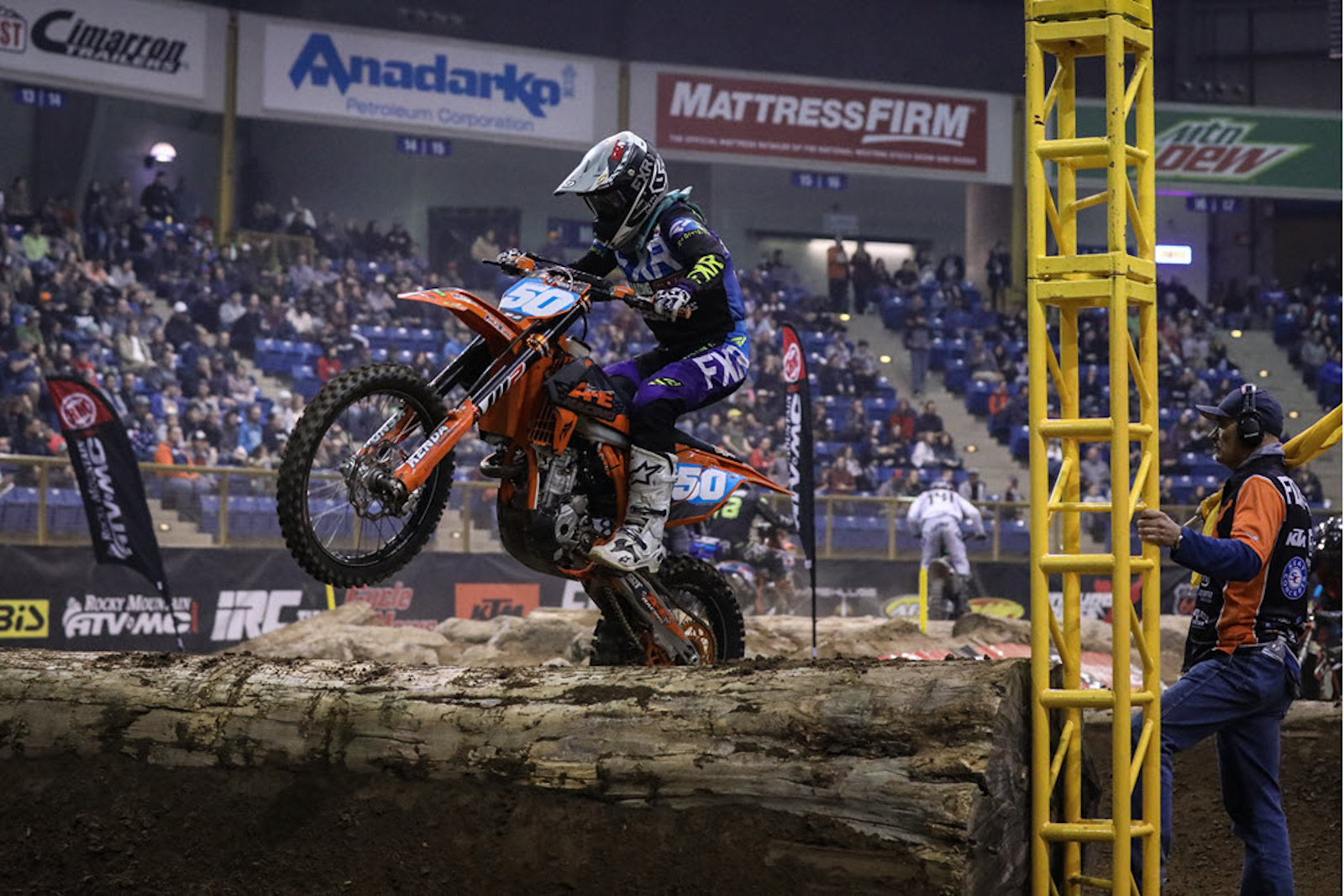 shelby_turner_endurocross_2019_denver_560