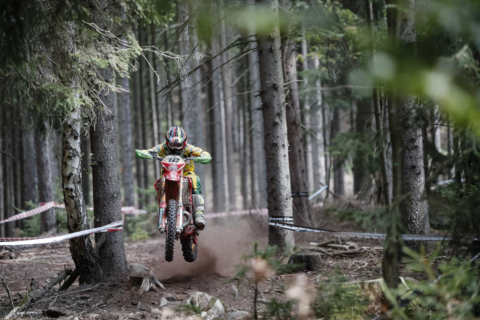 Results feed: French EnduroGP day 1 – Freeman edges towards 2019 World title