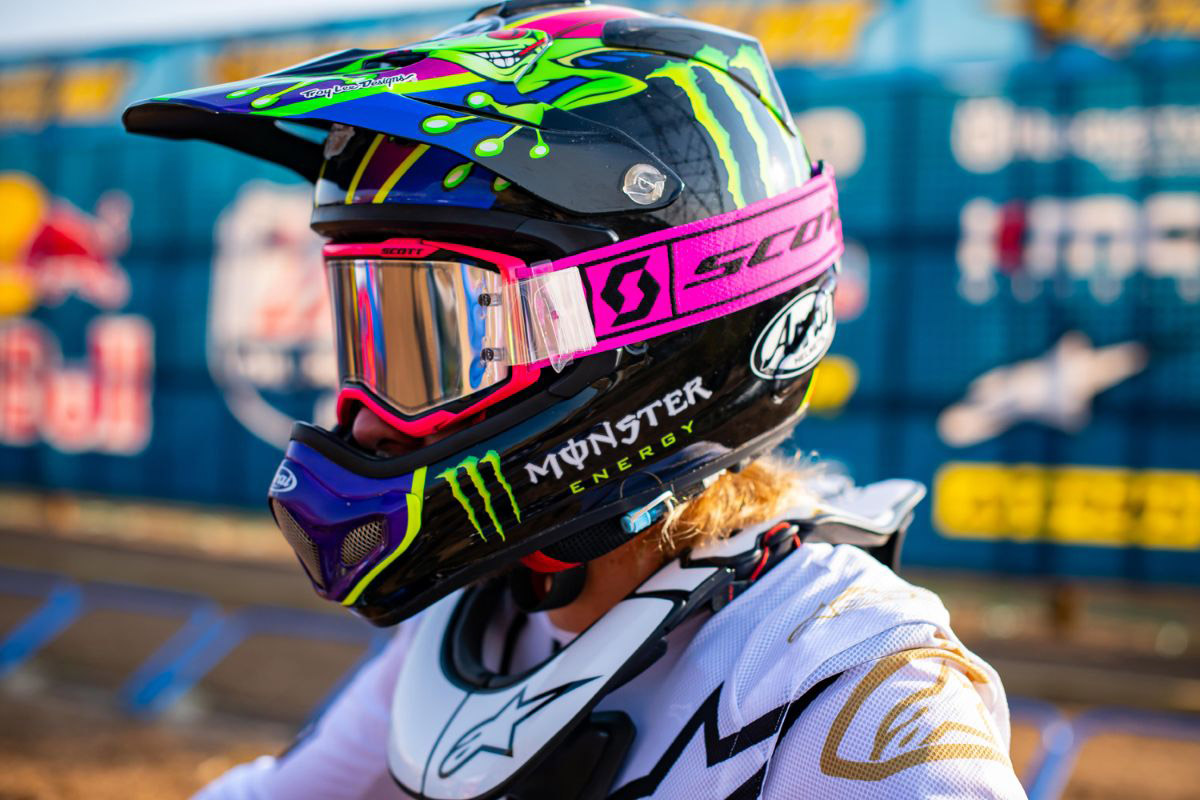 barcia_pink_prospect_goggles_