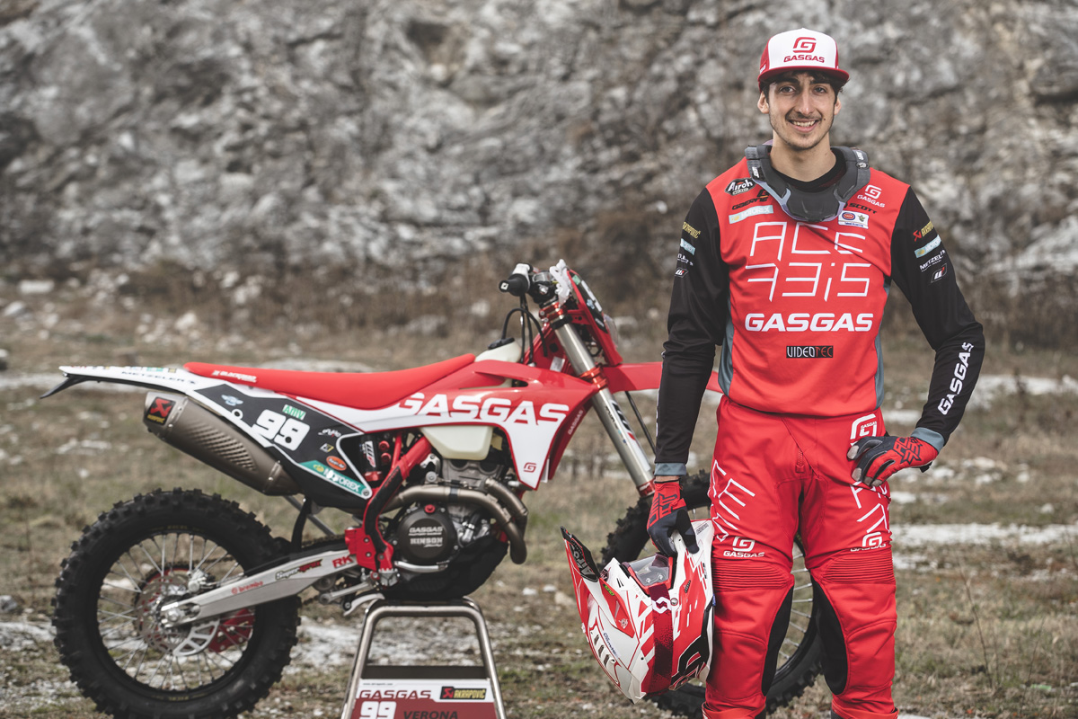 GASGAS officially back in EnduroGP with Andrea Verona