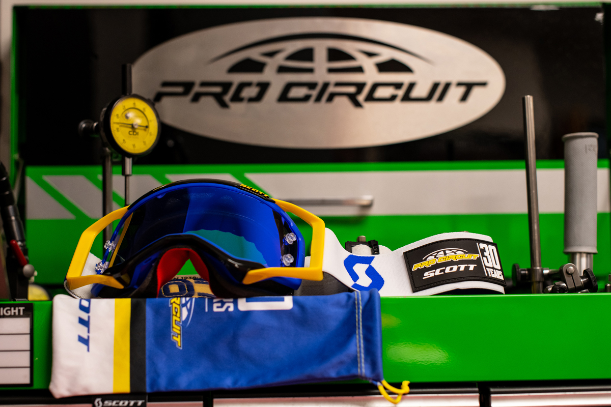 scott-prospect-pro-circuit-30-years-goggle_2
